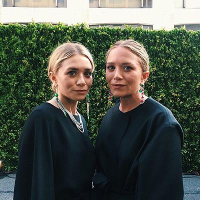 Мэри-Кейт и Эшли Олсен сделали первое совместное селфи