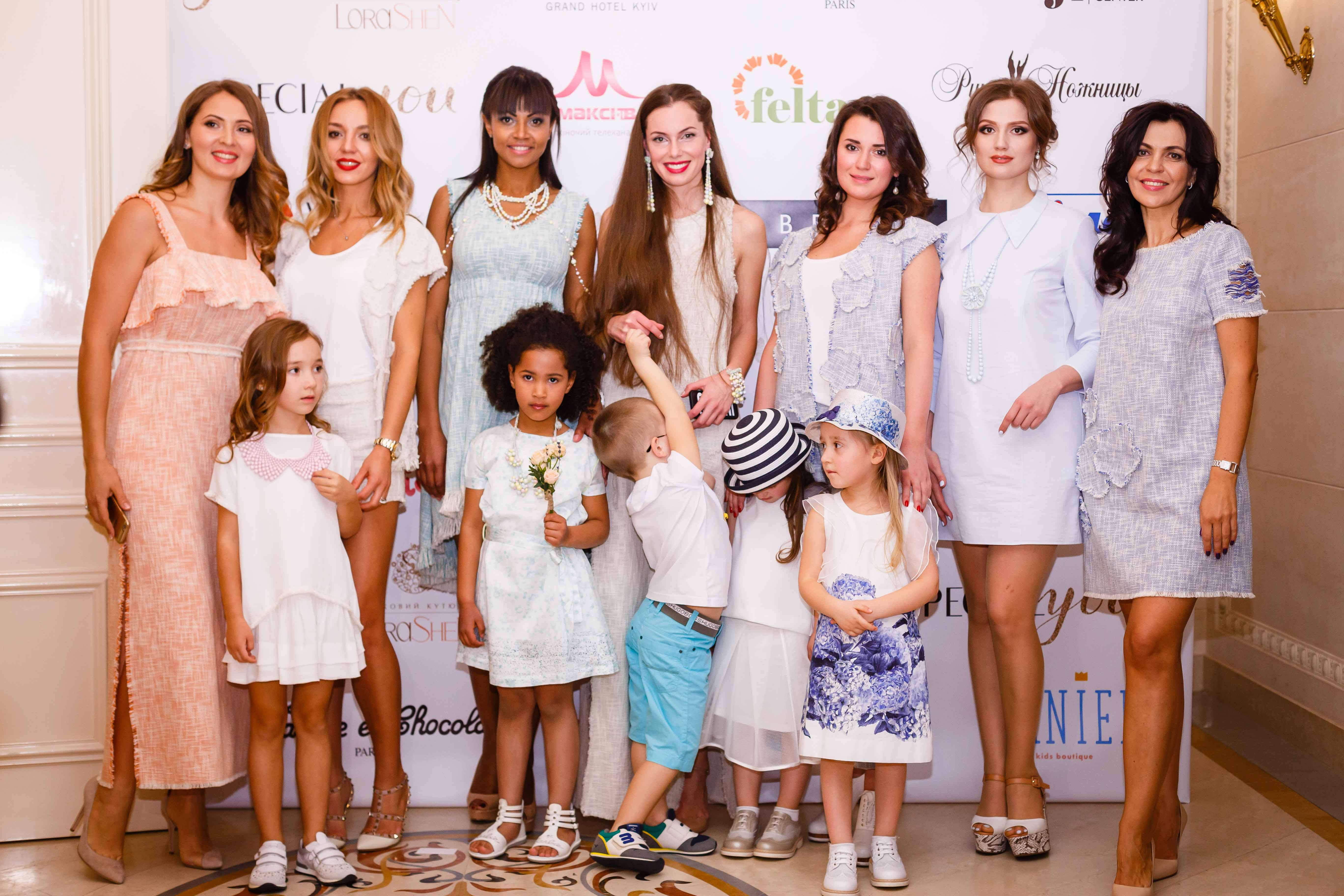 Украинские звезды вышли с детьми на подиум фэшн-шоу