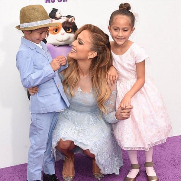 Лучше не бывает: Дженнифер Лопес показала, как проводит время с детьми