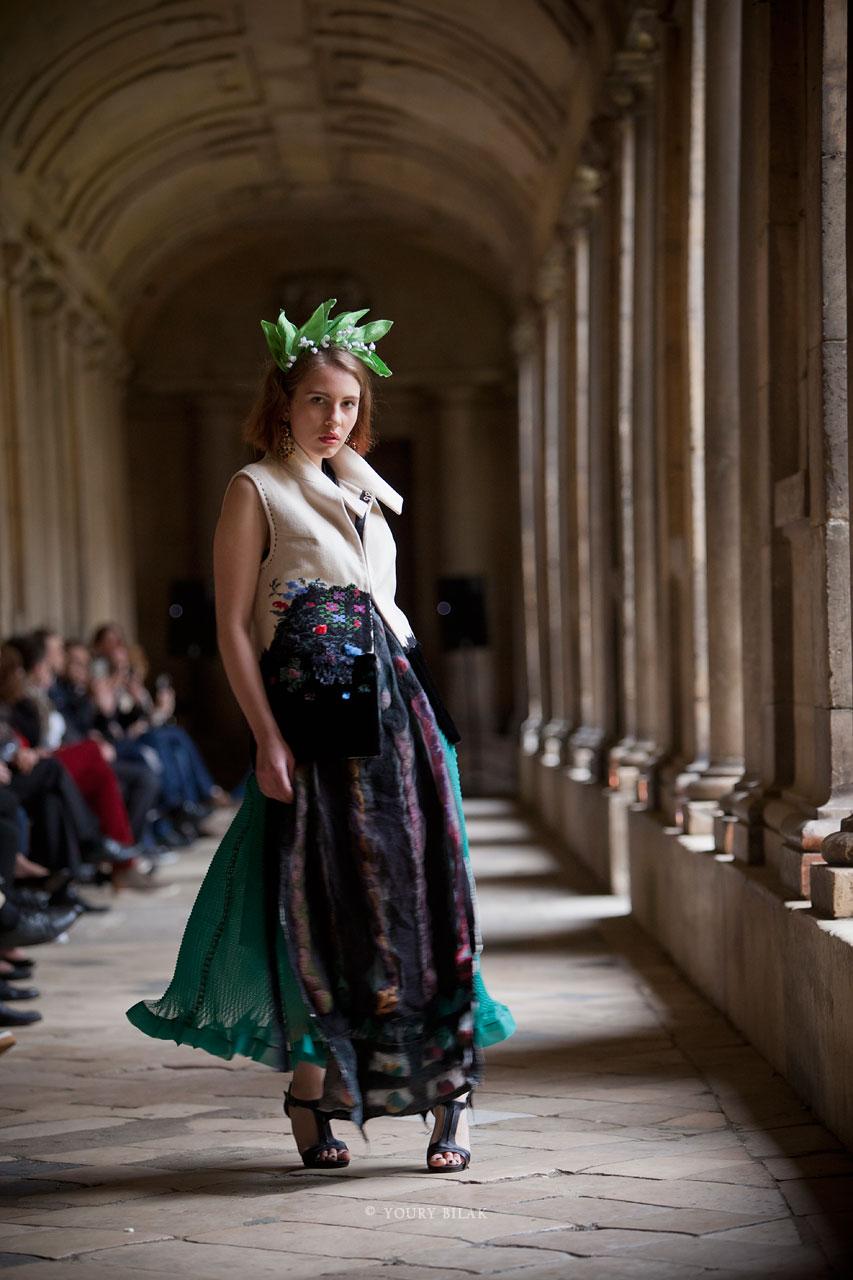Оксана Караванская показала во Франции сразу две коллекции
