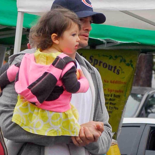 Маленький ангел: Мила Кунис и Эштон Катчер показали подросшую дочь