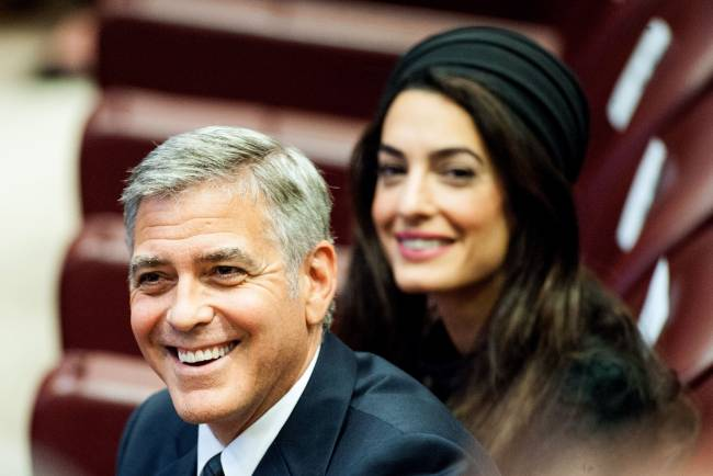 Джордж и Амаль Клуни, Ричард Гир и Сальма Хайек посетили лекцию Папы Римского