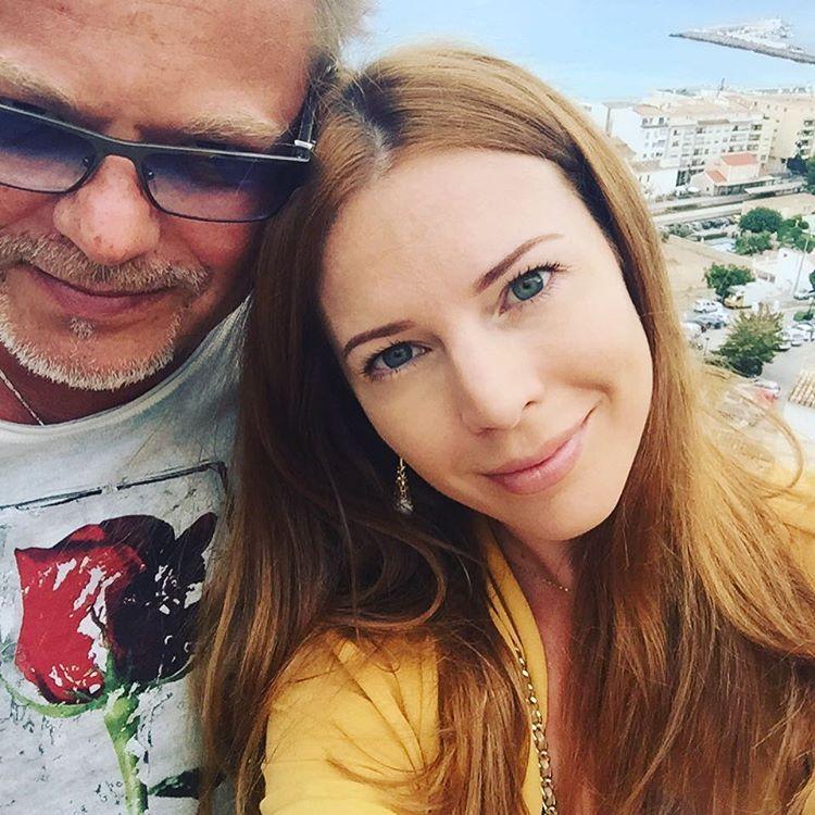 Наталья Подольска поделилась семейным снимком с годовалым сыном и мужем Владимиром Пресняковым