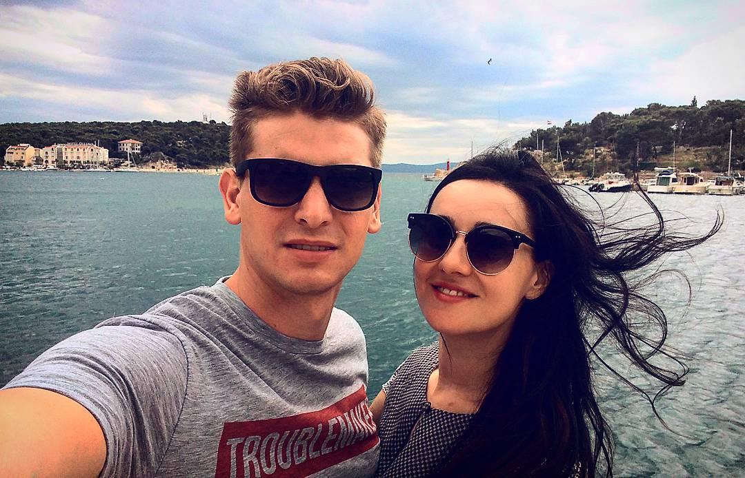 Соломия Витвицкая с мужем уехала в город где снимали Игру ...