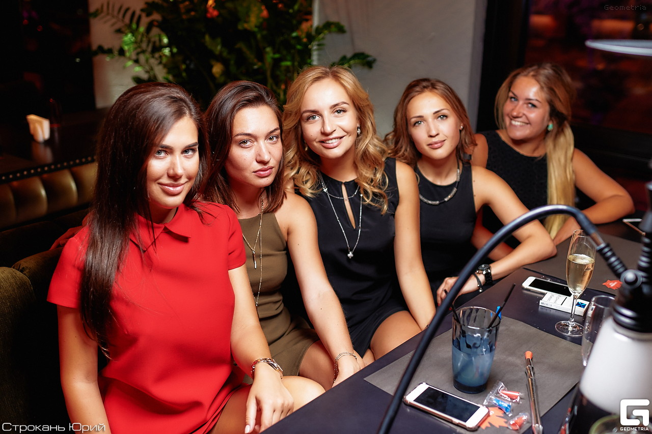 Fashion Friday в ресторане Canadian Club