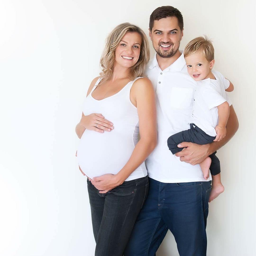 Константин Евтушенко с женой и сыном
