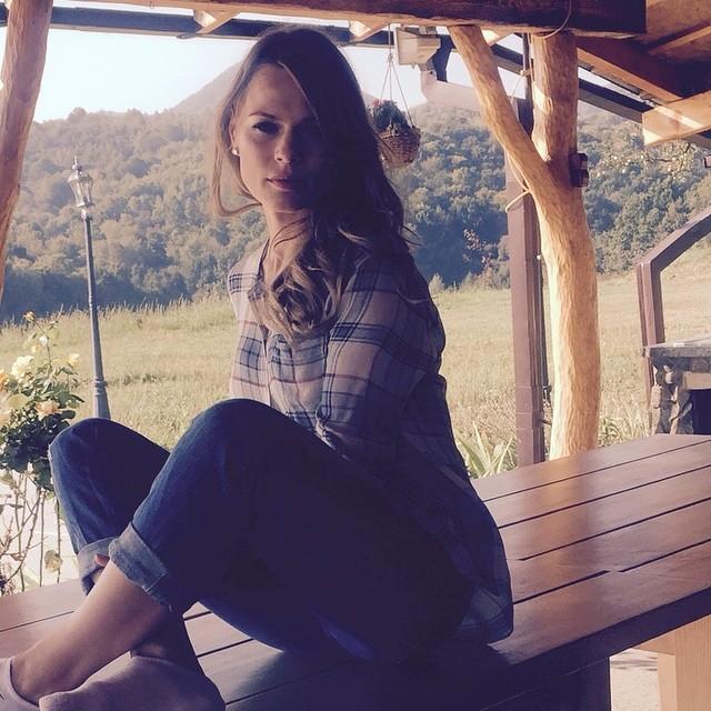 Ольга Фреймут после рождения сына усердно занимается в зале