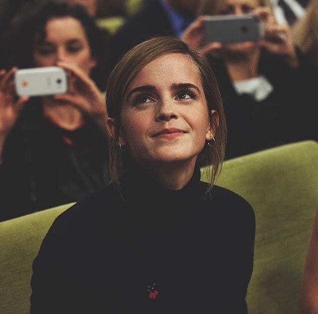 Эмма Уотсон в образе Белль: в сети появились первые кадры фильма «Красавица и чудовище»
