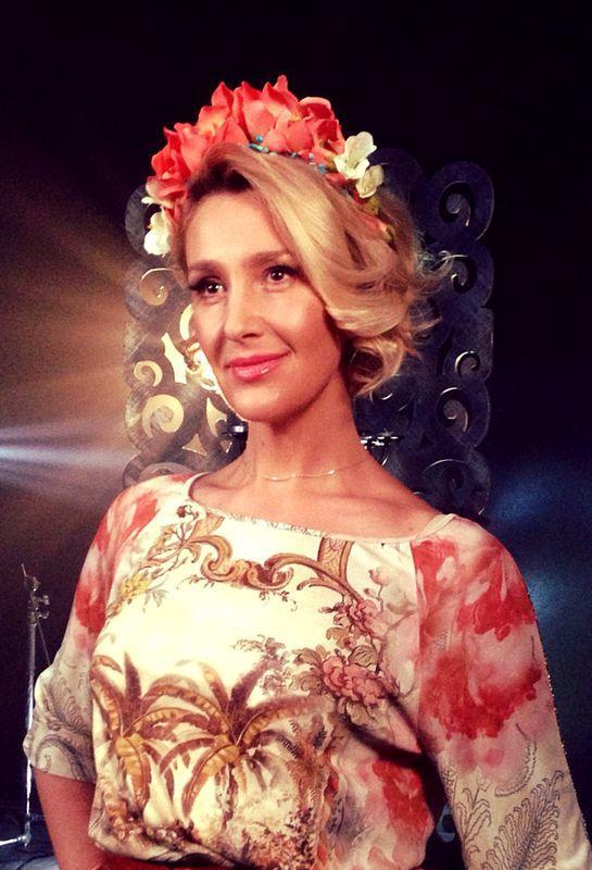 44-летняяСнежана Егоровасновастала бабушкой