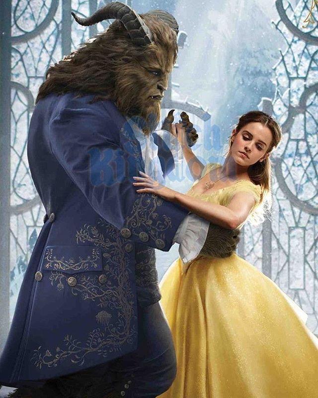 """В сети появились новые фото Эммы Уотсон в образе Белль из фильма """"Красавица и чудовище"""""""