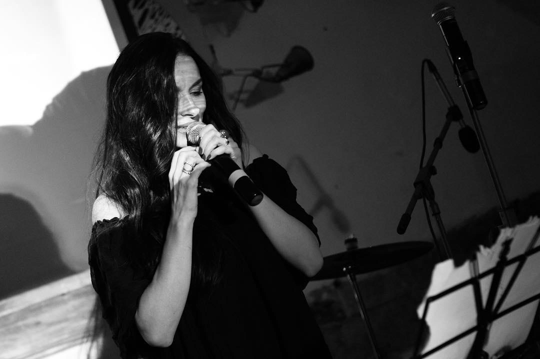 Видео: страстные танцы Надежды Мейхер