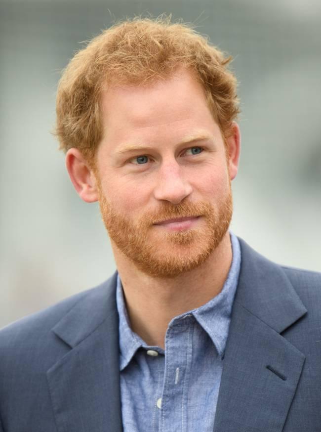 Принц Гарри сделал официальное заявление касательно своего романа с Меган Маркл