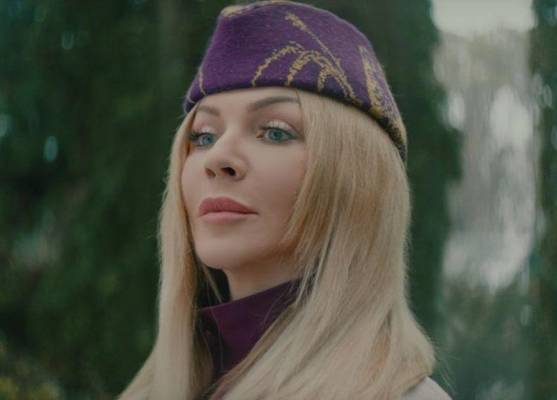 Ирина Билык в новом клипе Волшебники
