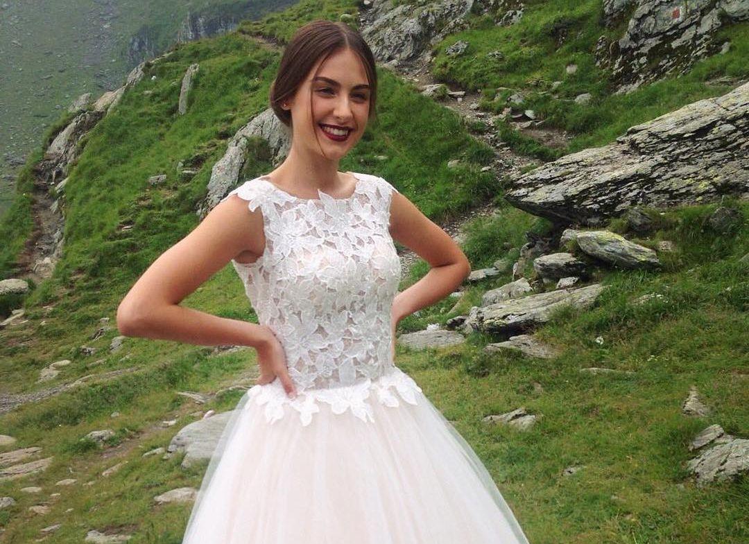 Алена Лесык в свадебном платье