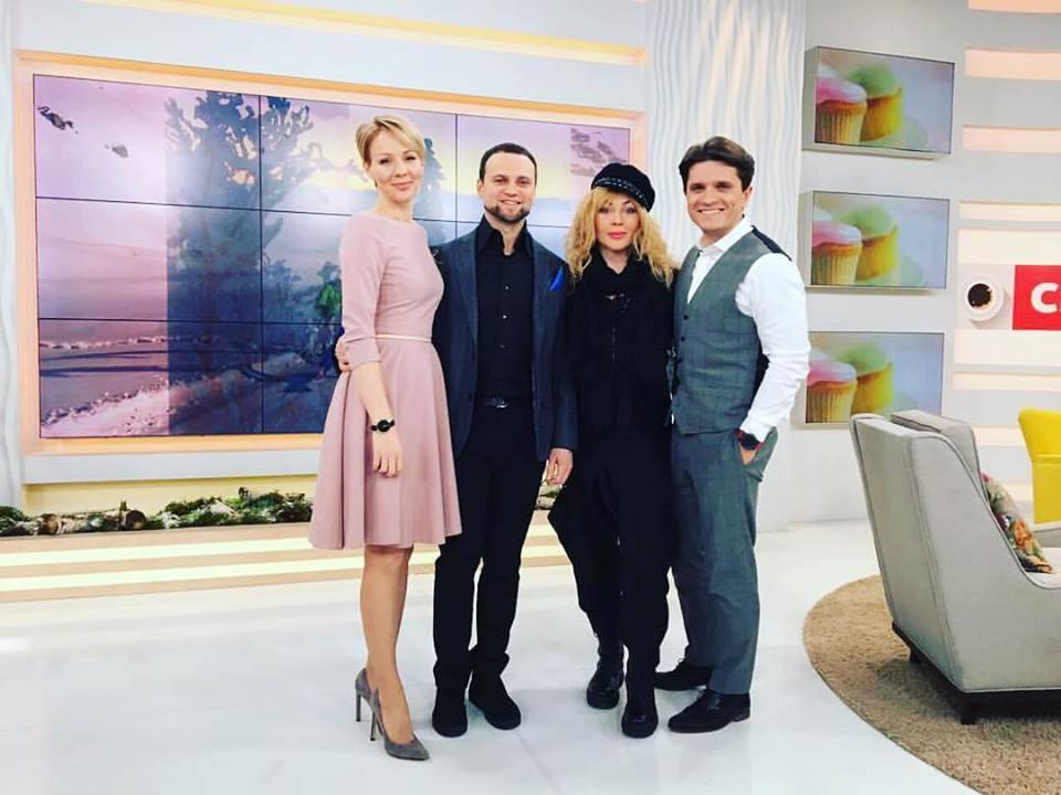 Руслан Квинта и Ирина Билык стали гостями Сніданку з 1+1
