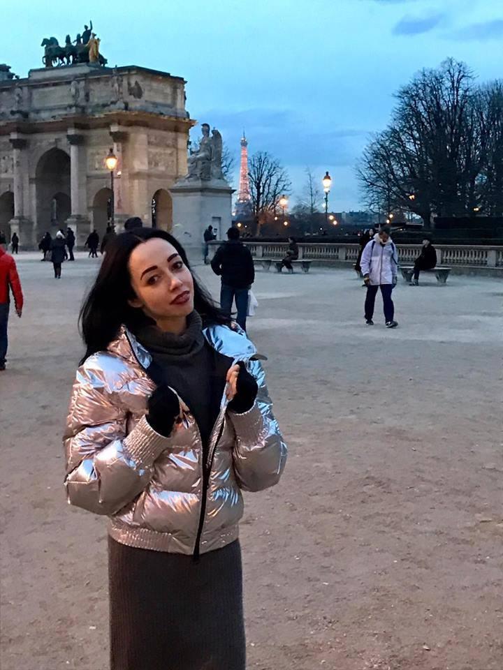 Екатерина Кухар в Париже