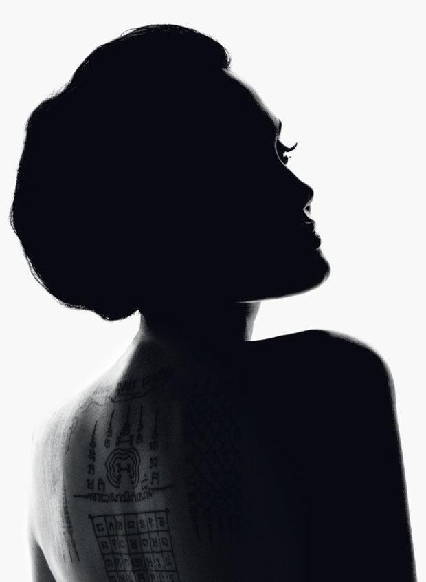 Анджелина Джоли в рекламе духов