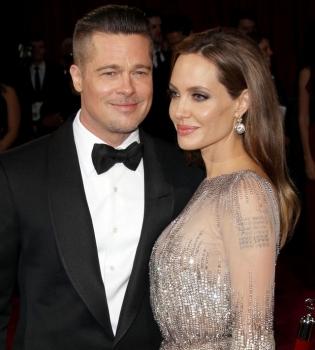 Анджелина Джоли и Брэд Питт наконец начали общаться