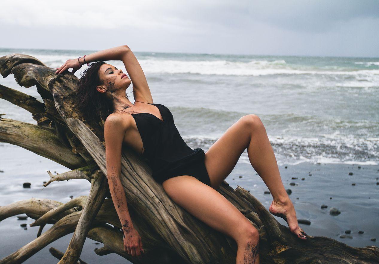 Мария Яремчук в новом клипе