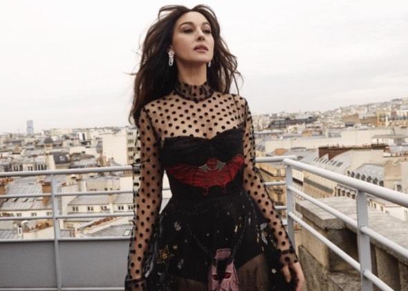 Парижские страсти: Моника Беллуччи снялась в роскошной фотосессии