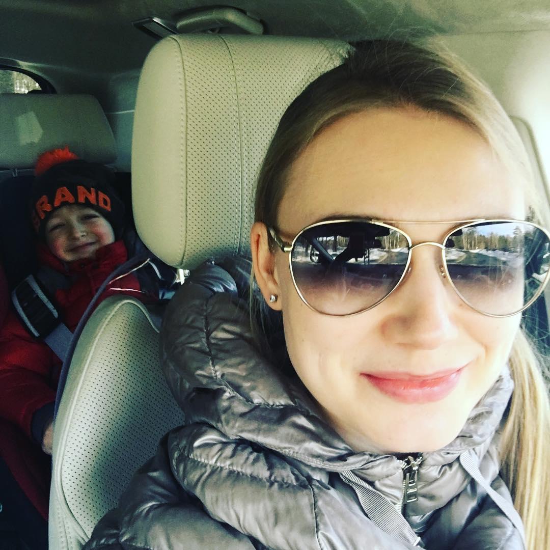 Оксана Акиньшина с сыном фото