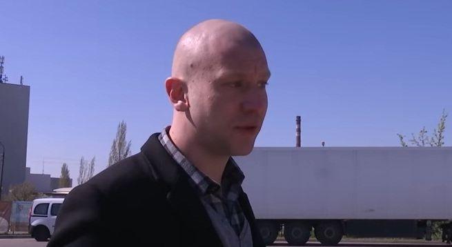 Иван Дорн побрился налысо