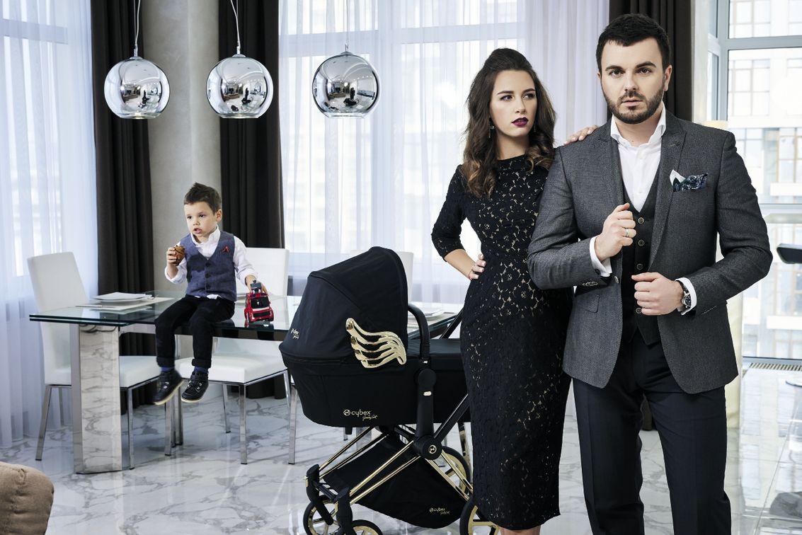 Григорий Решетник снялся в фотосессии с беременной женой