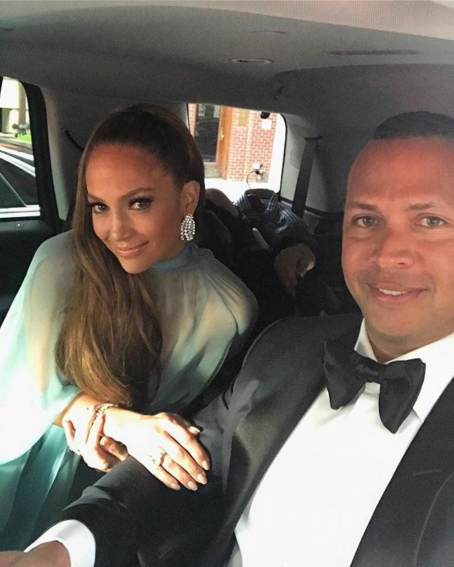 Это любовь: Дженнифер Лопес опубликовала романтическое фото с Алексом Родригесом