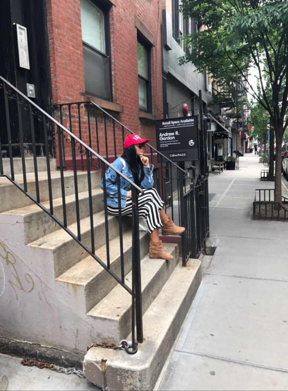 Ассия Ахат сходила на свидание со своим мужем