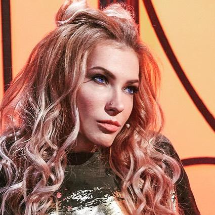 Юлия Самойлова планирует представить Россию на Евровидении-2018