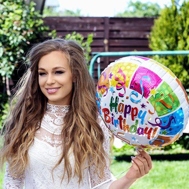 Яна Соломко на дне рождения дочери