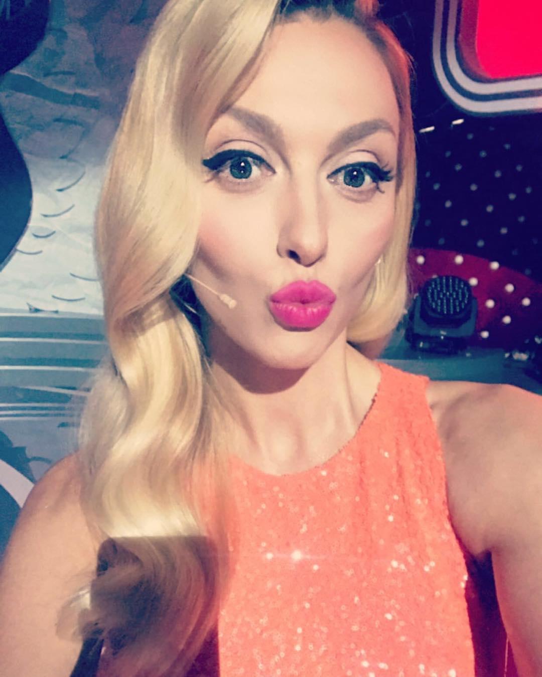 Оля Полякова фото 2017