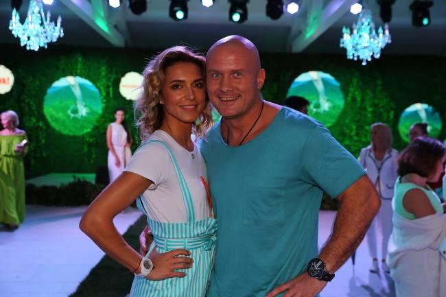 Стильные и влюбленные: Марина и Вячеслав Узелковы на вечеринке Viva!