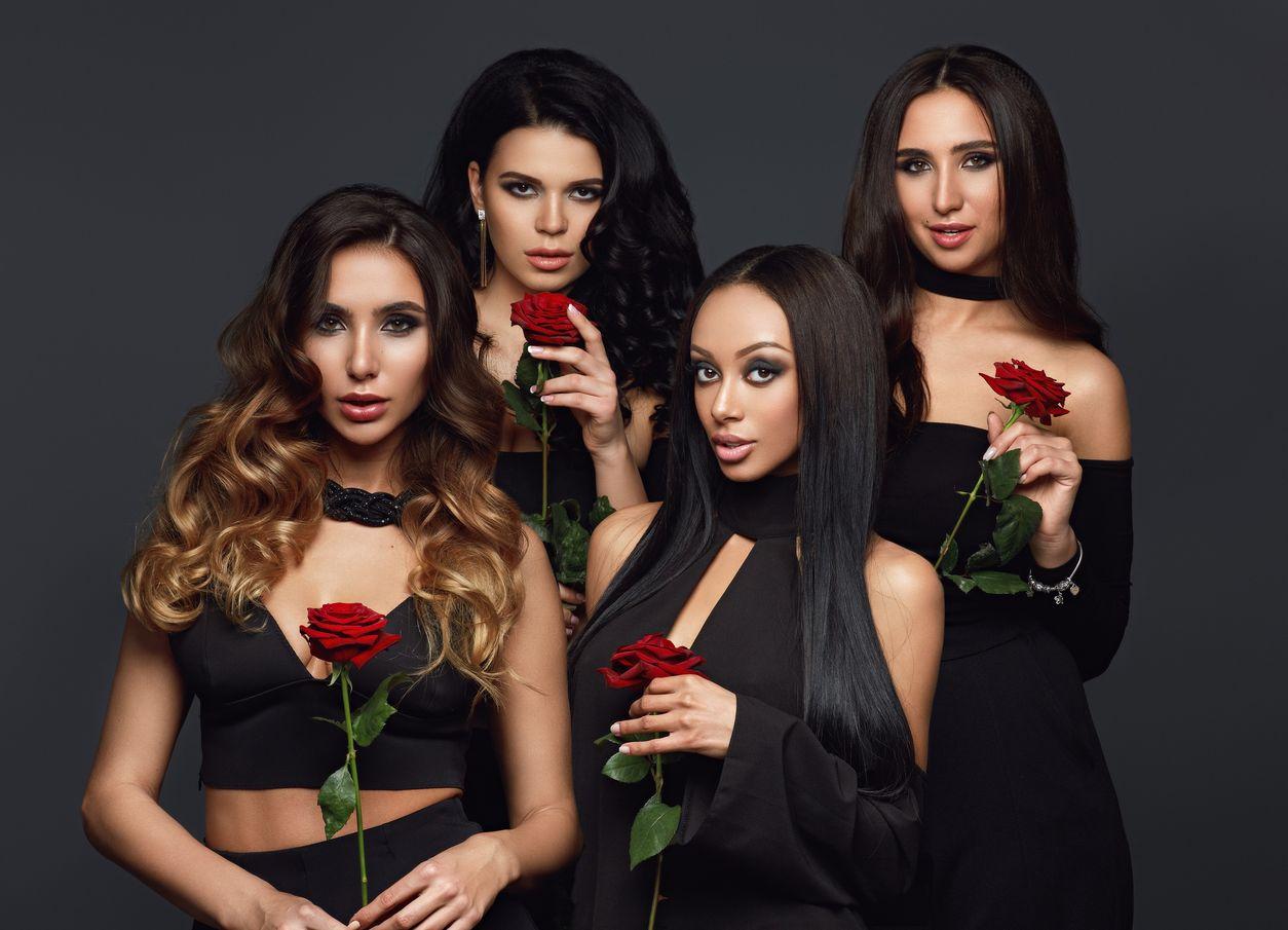 четыре экс-участницы шоу Холостяк-7 стали певицами
