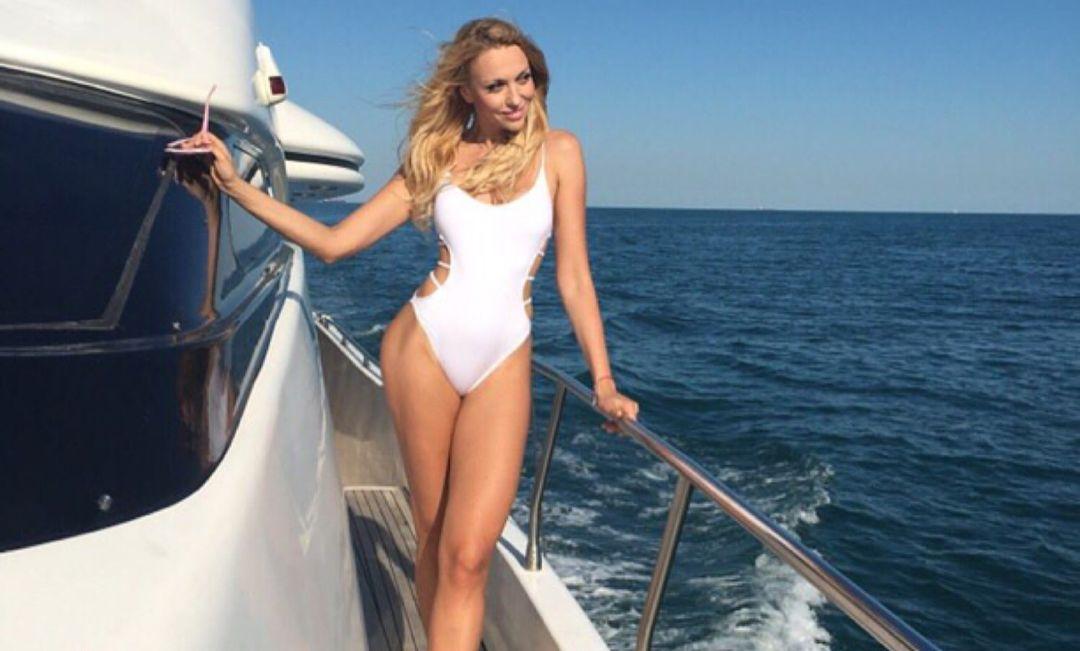 Оля Полякова признана самой красивой певицей Украины