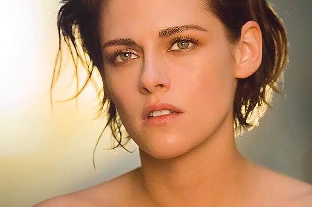 Стильно и женственно: Кристен Стюарт в новой рекламной кампании Chanel