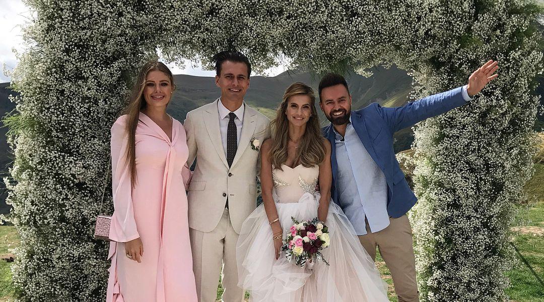 Свадебные платья скромные для второго брака фото яркая разновидность