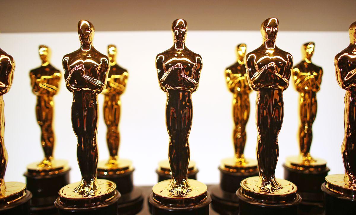 Оскар статуэтка