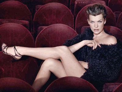 Милла Йовович в рекламе Escada