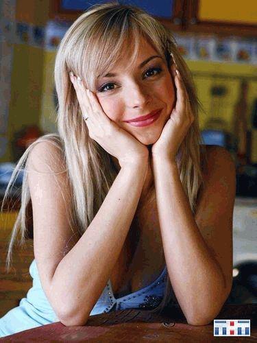 Дарья Сагалова улыбается