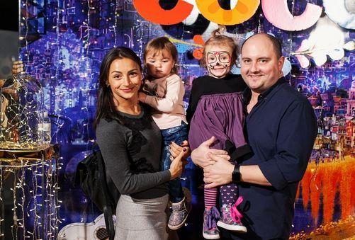 Илона Гвоздева и Юрий Ткач со своими детьми