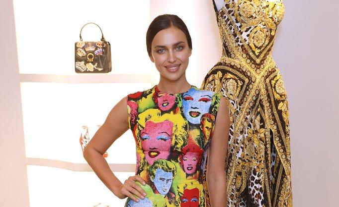 В стиле поп-арт: Ирина Шейк взорвала сеть своим ультрамодным ярким нарядом