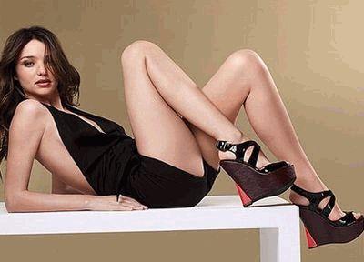 Миранда Керр в одежда Victoria Secret