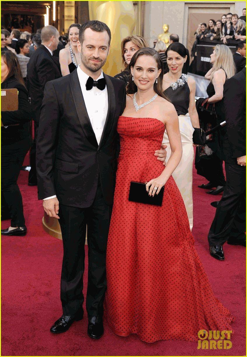 Натали Портман и ее Бенжамин на Оскаре 2012