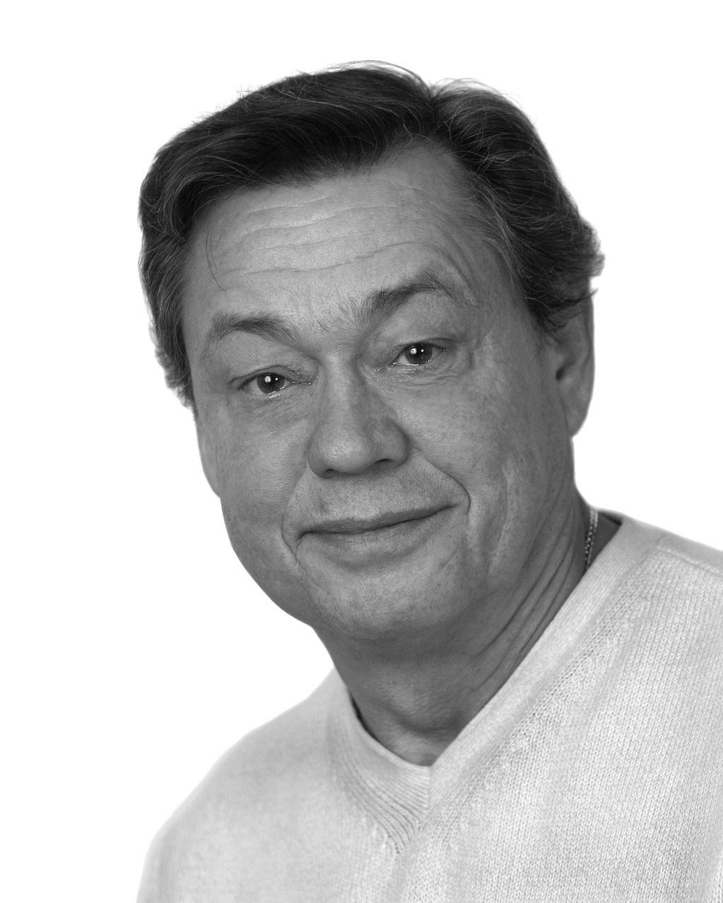 Николай Караченцов портрет