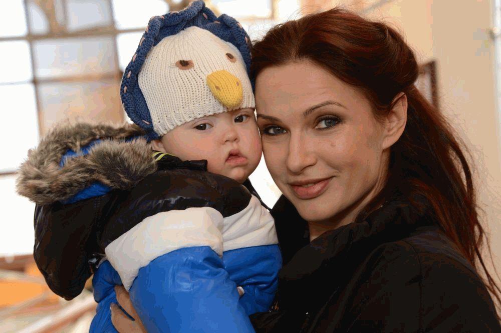 Правда ли что эвелина бледанс потеряла сына титаник 1997 актеры фото