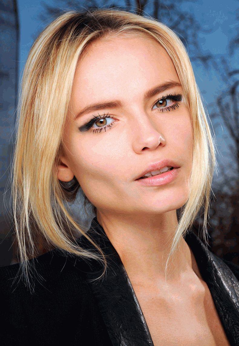 Наташа Поли