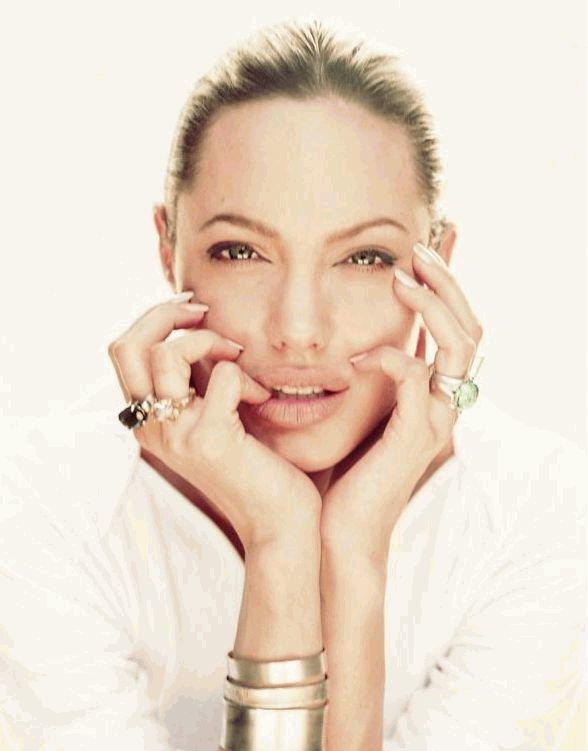 Анджелина Джоли новое
