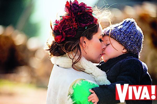 Даша Малахова и ее дети в фотосессии для Viva!