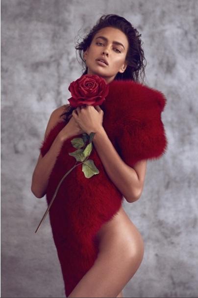 Соблазнительная Ирина Шейк снялась топлес для Harper's Bazaar